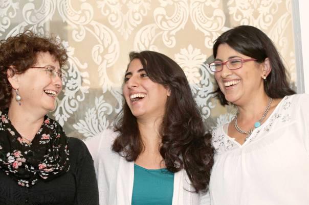 זהורית אסולין, דנה שמסיאן וחפציבה כהן מונטגיו צילום: מרים צחי