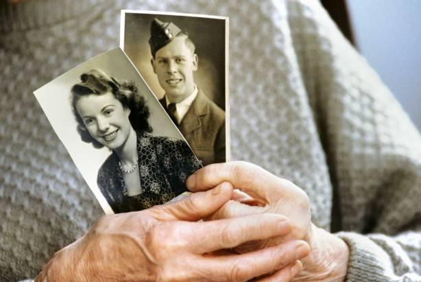 מה מקומן של תמונות בעיצוב הזיכרון ומה השפעתן על הכרעות מוסריות? צילום: Thinkstock