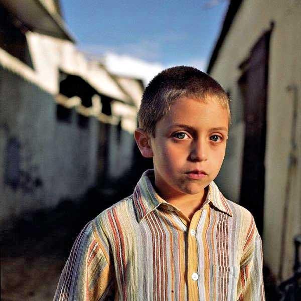 הביט על עצמו והודה שהוא מתגעגע. 'יוסף לובש כתנות פסים'. צילום: עדי נס.