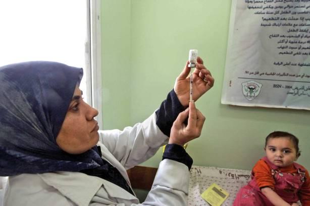 הריפוי המסורתי בחברה הערבית מתמודד עם תהליכי השינוי הגדולים שבה צילום: פלאש 90