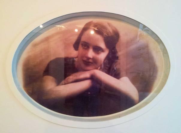 הפכה לאחת מאושיות התרבות בישראל. לאה גולדברג בצעירותה, 1930 צילום: ויקיפדיה