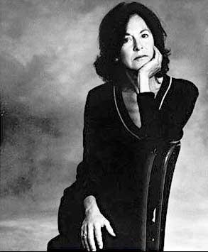 שירה עם קול אוניברסלי. לואיז גליקצילום: ויקיפדיה אנגלית