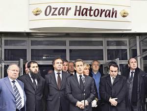 גישת באטלר תסכן את יהודי התפוצות. לאחר הפיגוע בבית הספר היהודי בטולוזצילום: אי.פי