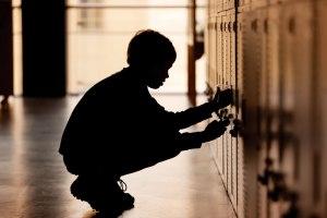 אמוציות גיל ההתבגרות הופכות את העיוורון ל'אישיו'  צילום: thinkstock