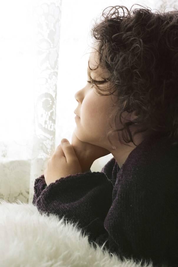 נגזרת עליה בדידות ובריחה לעולם הדמיונות  צילום: thinkstock
