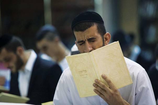 התעוררות מהבלי העולם הזה אל התשובה ואל המעשים הטובים. סליחות בירושלים