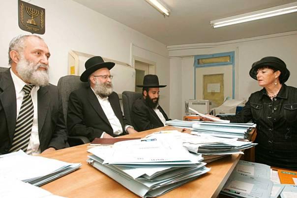הטוענות הרבניות תרמו תרומה ניכרת לשיפור מצבן של נשים בבתי הדין. נורית פריד בבית הדין הרבני צילום: מרים צחי