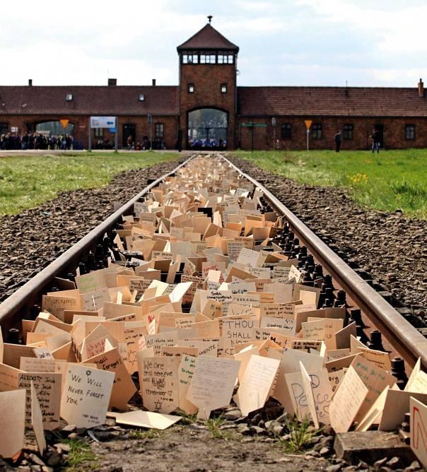 """התקפות זדוניות על """"תעשיית השואה"""". מחנה אושוויץ בירקנאו                  צילום: אי.פי.איי"""