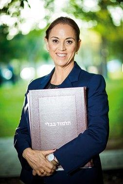 """ד""""ר רות קלדרון היא מייסדת מכללת """"עלמא"""" וחברת כנסת מטעם סיעת """"יש עתיד"""" צילום: אריק סולטן"""