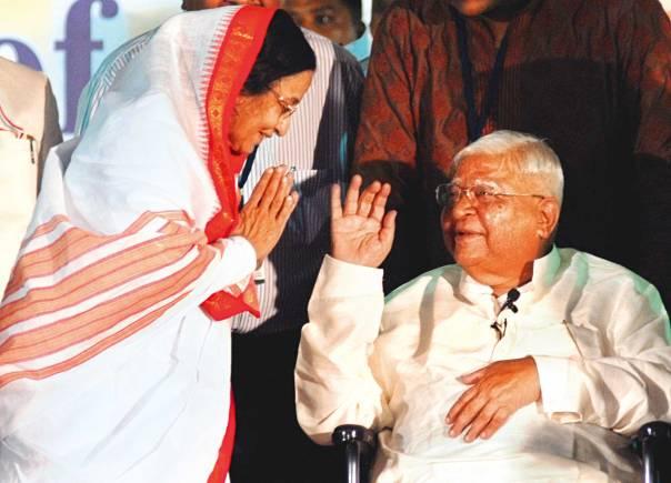 הכול נעשה בהתנדבות מלאה. גוֹאֶנְקָה ונשיאת הודו פרטיבה פטיל   צילום: אי.פי.אי