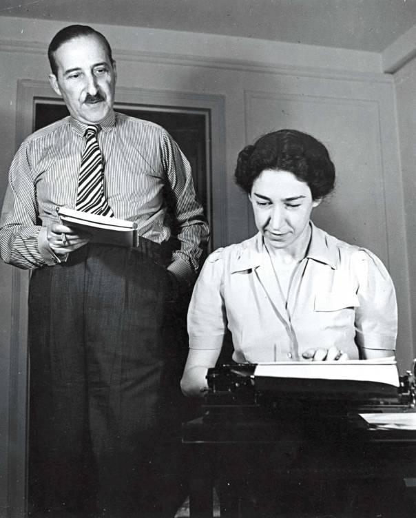סטפן צווייג ואשתו אליזבת'  צילום: גטי אימג'ס