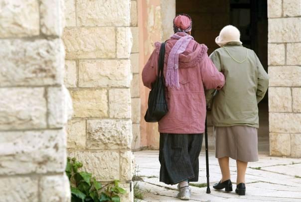 העולם שייך לזקנים כמו שהוא שייך לצעירים  צילום אילוסטרציה: פלאש 90