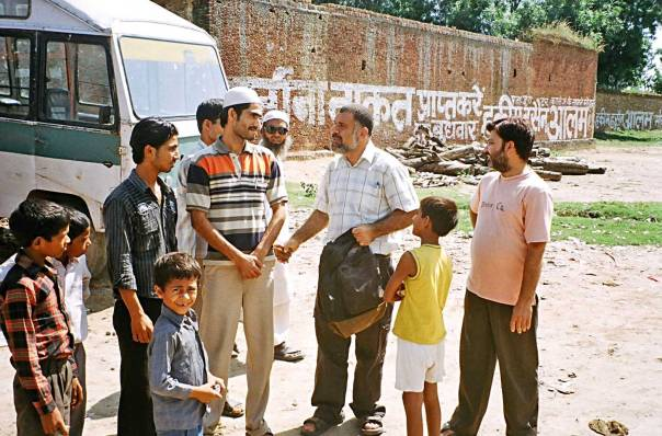 """""""מדובר באסלאם למראית עין בלבד. מתחת לפני השטח, לפתאנים יש אמונות ומסורות אחרות"""". בארי בכפר הפתאני מאליאבד, הודו"""