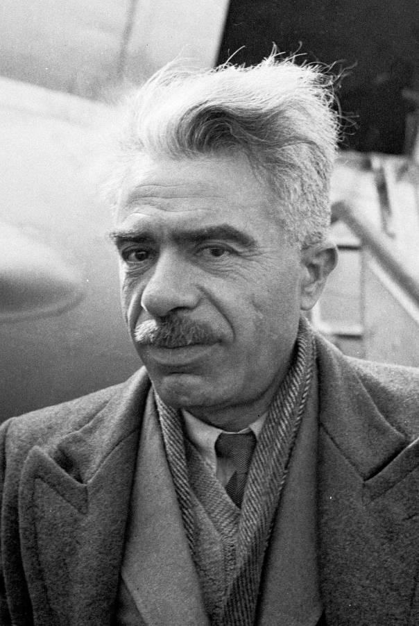 """""""אני חסיד והוא מתנגד"""". מאיר יערי, 1949  צילום: לע""""מ"""