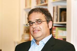 """ראובן נמדר הוא מחבר הספר """"הבית אשר נחרב"""" (כנרת, זמורה־ביתן, 2013)"""