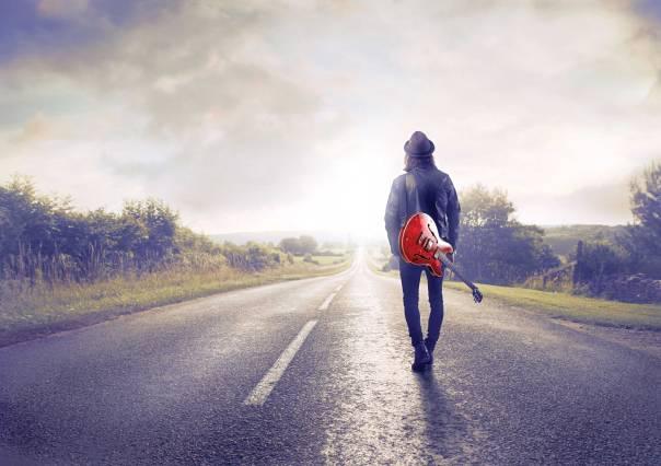 אמונה היא כמו מוסיקה; היא נכונה בגלל היופי שבה, לא בגלל הוודאות הרוחנית שלה  צילום אילוסטרציה: שאטרסטוק
