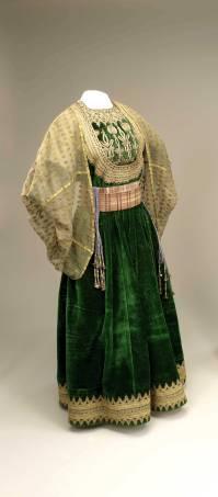 """""""השמלה הגדולה""""; פאס, מרוקו, ראשית המאה ה־20"""