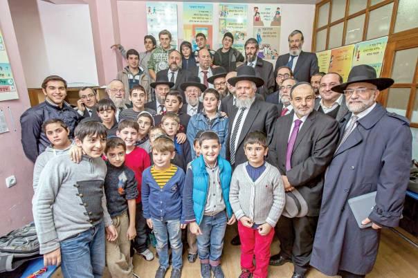 בקהילות היהודיות באירופה חברים למעלה ממיליון בני אדם. בביקור בגן הילדים היהודי  צילומים: אלי איטקין