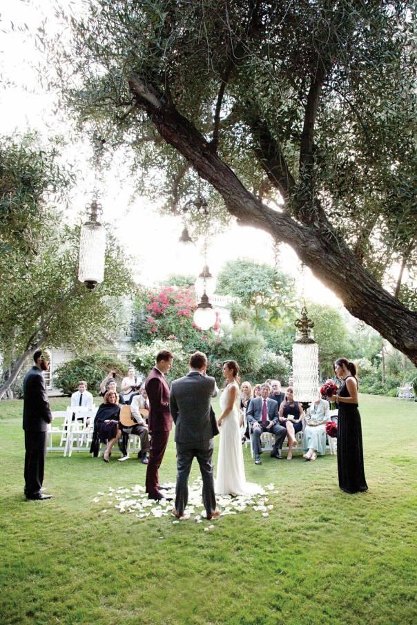 צופה באהובתו מתחתנת עם גבר אחר. קיטש ומתח צילום: גטי אימאג'ס