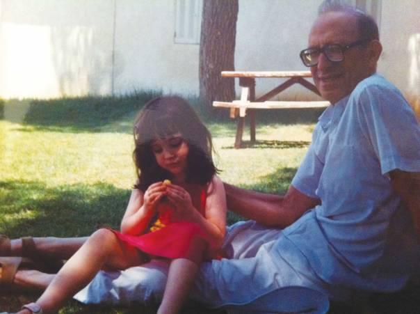 עם הבת צרויה