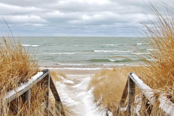 שיחות מעולם המתים ליד אגם מישיגן צילום: שאטרסטוק