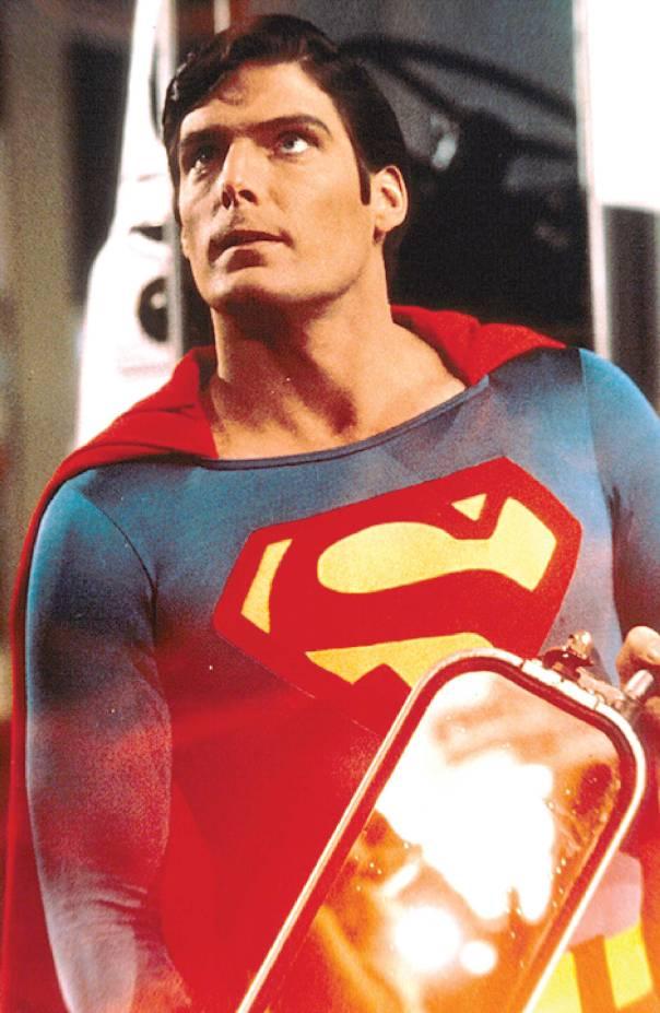 גיבורים חד ממדיים, ללא עומק או תהליך. כריסטופר ריב כסופרמן  באדיבות יס