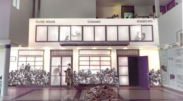 """מתקנים עוול היסטורי. חזית בית הזכוכית המשוחזרת ב""""בית העדות"""", ניר גלים. צילום הדמיה התמונות באדיבות בית העדות"""
