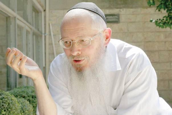 """אויב נחוש של הזרם המשיחיסטי בחב""""ד, הרב יהושע מונדשיין, 2007 צילום: עזרא לנדאו"""