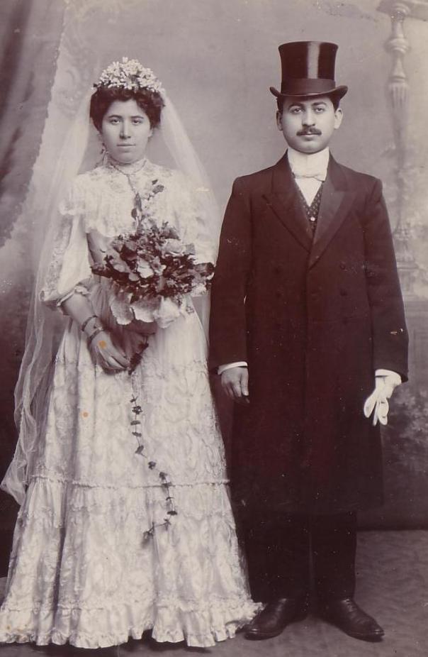 היו ציונים קנאיים. סבא זכריה וסבתא רחל ביום חתונתם הצילומים באדיבות המשפחה