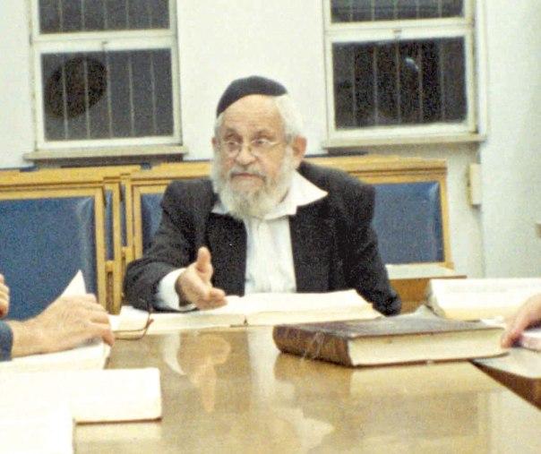 הרב מרדכי ברויאר (בתמונה) מסר נפשו על התמודדות עם ביקורת המקרא. איזו תרומה הרימו בהר המור לסוגיה?