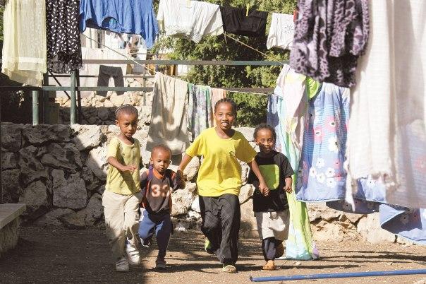 שילוב של תמימות ומורכבות דרך עיניה של ילדה אתיופית בת עשר צילום אילוסטרציה: אנה קפלן, פלאש 90