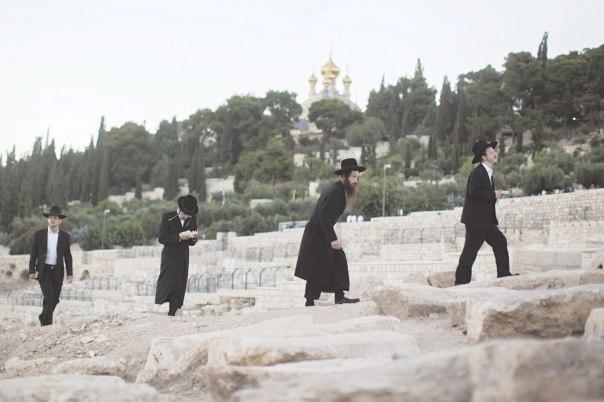 טען שהגלות היא חטא. קבר אור החיים הקדוש בהר הזיתים, ירושלים צילום: יונתן זינדל, פלאש 90