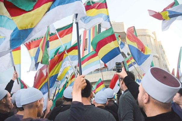 התבוננות מורכבת בתרבותם המורכבת של הדרוזים. תושבי מג'דל שמס בהפגנת תמיכה בדרוזים תושבי סוריה, יוני 2015 צילום: ז'ול ג'מאל, פלאש 90