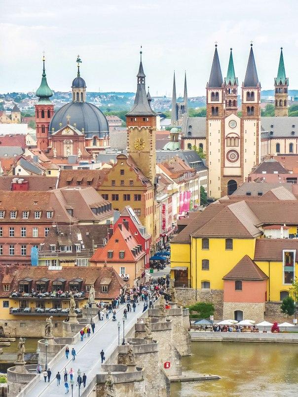 תחת השפעתו של הרב במברגר הפכה להיות מרכז רוחני רחב השפעה. וירצבורג צילום: שאטרסטוק