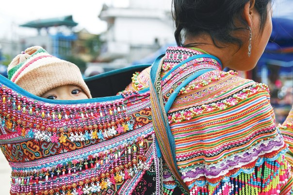 """""""לא ילדתי אותה, אבל אני בהחלט האמא שלה"""" אם וילדה בויטנאם.  צילום אילוסטרציה: שטארסטוק"""