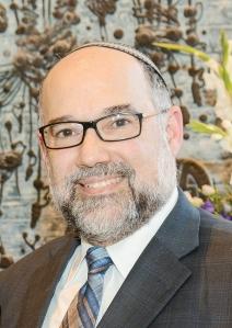 הרב לאונרד מטנקי: החרדים באמריקה מעולם לא היו סגורים כמו הקהילה בישראל של היום. אין איסור לאישה לנהוג ברכב, ותפקידיהן של נשים רחבים כאן
