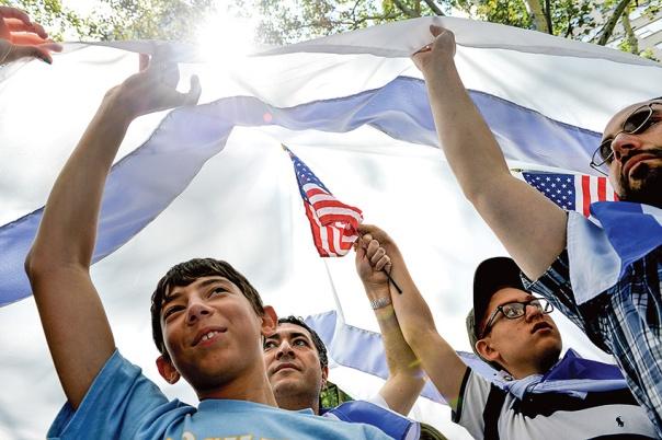 """השתלבות עמוקה בסיפורה של ארה""""ב, מצעד תמיכה בישראל, ניו יורק, 2014 צילום: אי.פי.איי"""