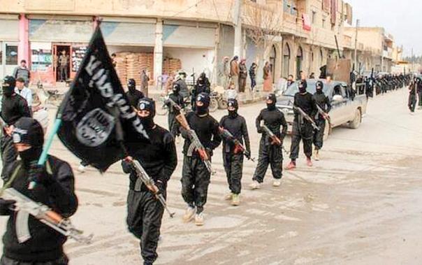 תקווה משיחית להשלטת הח'אליפות על העולם. לוחמי דאעש במחוז א–רקה, סוריה