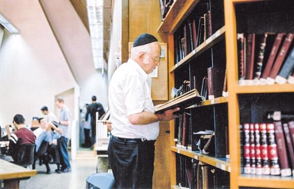 התלמידים באו ללמוד אצלו בגלל הממד האינטלקטואלי. הרב ליכטנשטיין בישיבה, שנות התשעים