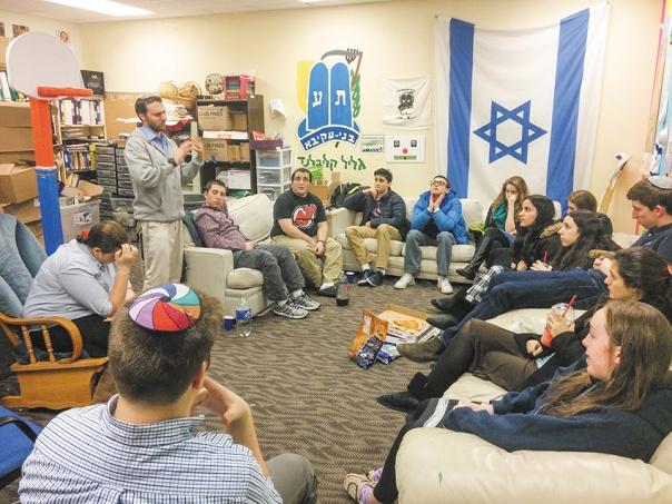 """האם אנחנו מוכנים, סתם כך, לוותר על מיליוני יהודים? שליחי בני עקיבא בקליבלנד, ארה""""ב צילום: הרב נעם פרל, בני עקיבא העולמית"""