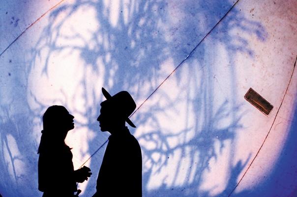 לאהבה בין בני הזוג יש חשיבות גם עבור היקום. פסטיבל האורות בירושלים, 2013 צילום: סלימן קאדר, פלאש 90