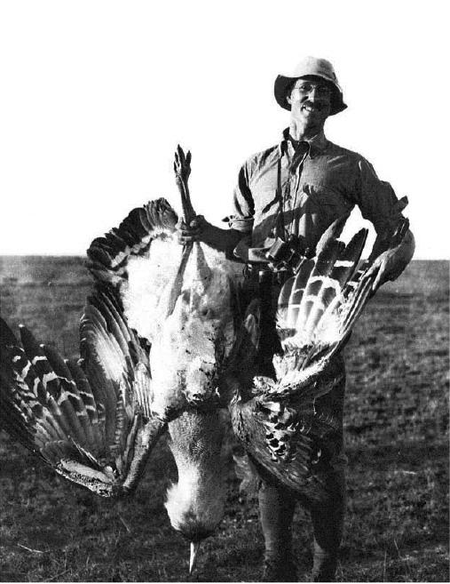 פורסט גאמפ של אירועים היסטוריים מכוננים. קולונל מיינרצהאגן בניירובי, קניה, 1915