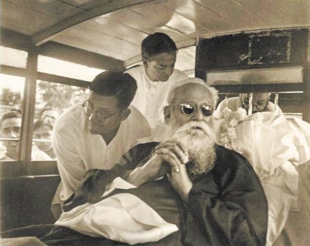 שילב לאומיות הודית עם השכלה מערבית. תמונתו האחרונה של טאגור, 1941